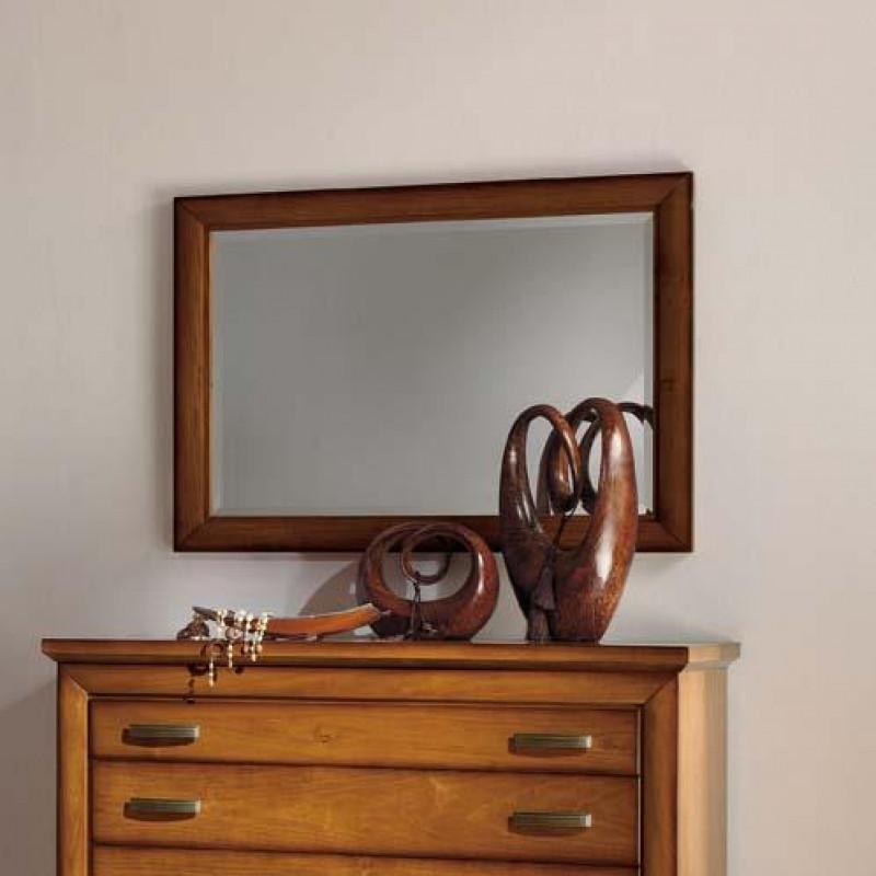 Camera da letto classica con specchi for Specchi arredo camera da letto
