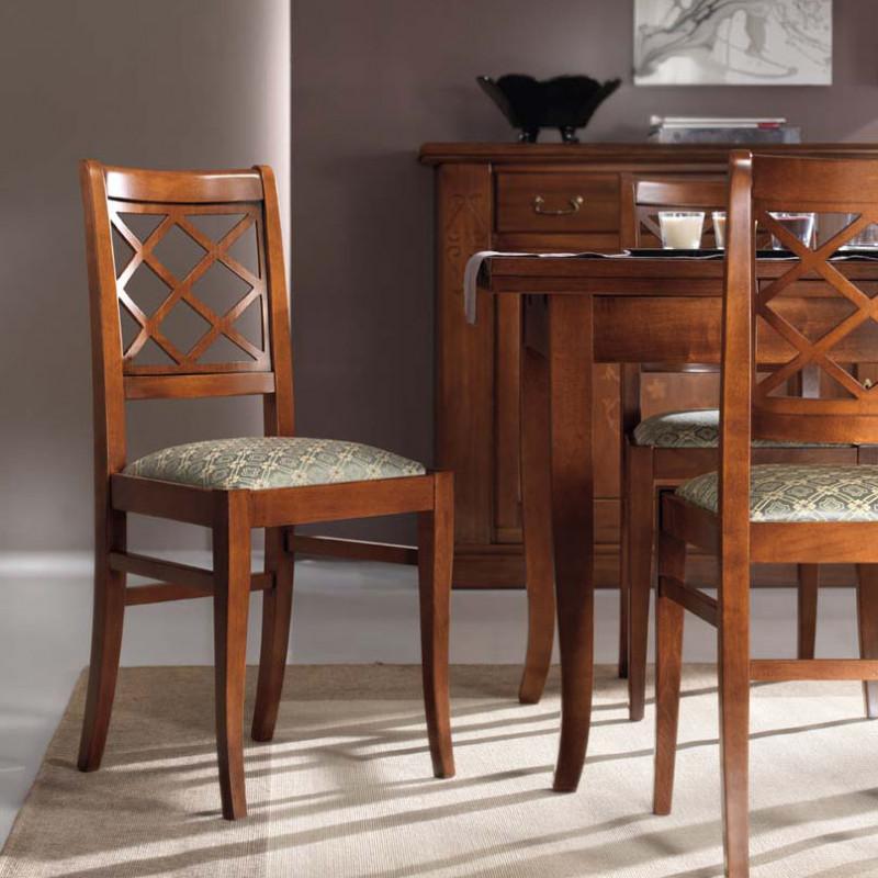 Sala da pranzo intarsiata con sei sedie