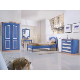 Camera con legno di abete massello