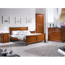 Camera classica da letto in legno