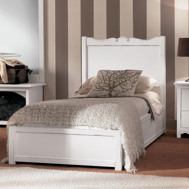 Camera da letto classica in legno - Camera da letto legno ...