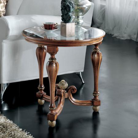 Tavolino con gamba ottagonale