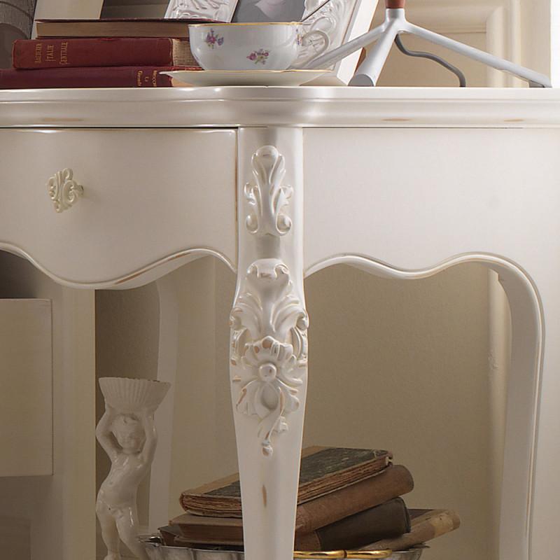 Camera da letto classica contemporanea