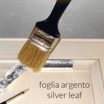 Con dettagli in foglia argento +114,00€
